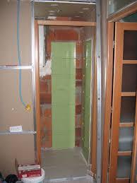 toilette sous escalier la maison aux 12 travaux