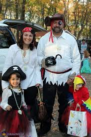 Baby Parrot Costumes Halloween Family Pirates U0026 Parrot Halloween Costumes