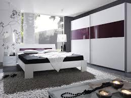 chambre coucher blanc et noir id e deco chambre gris blanc mauve violet et newsindo co