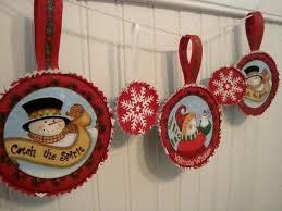 fussy cut fabric ornaments tutorial
