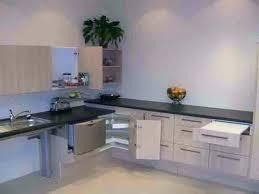 peindre carreaux cuisine peindre carreaux cuisine la peinture pour carrelage qui cache les