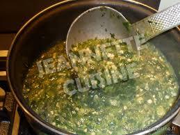 comment cuisiner le gombo placali sauce gombo kopè plat africain jeannette cuisine