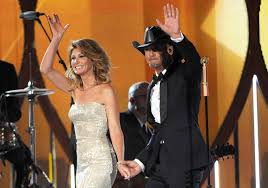Faith Hill When The Lights Go Down Tim Mcgraw And Faith Hill Returning To Charleston Next Summer