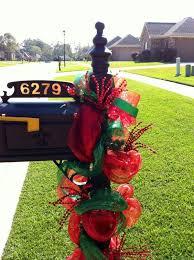 Christmas Mailbox Decoration Ideas 20 Best Deco Mesh Mailbox Swag Images On Pinterest Deco Mesh