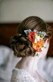 flowers for hair best 25 flowers for hair ideas on flower crown