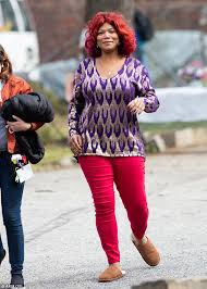 empire the television show hair and makeup queen latifah shows off red hair on set of lee daniels tv pilot