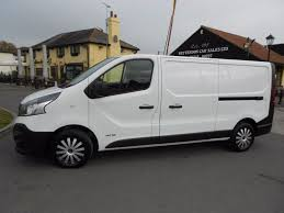 renault minivan used white renault trafic for sale essex