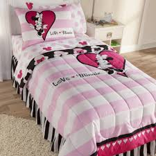 Disney Bedroom Sets For Girls Minnie Mouse Bedroom Set Also With A Minnie And Mickey Bedding