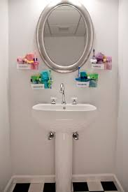 6 Brilliant Bathroom Hacks by Best 25 College Dorm Bathroom Ideas On Pinterest College