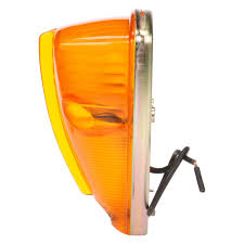 truck lite 26354y 26 series triangular marker clearance light