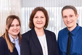 Zahnarzt Bad Oeynhausen Unser Team In Neuss Verbraucherzentrale Nrw