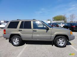 2000 gold jeep grand cherokee char gold satin glow 1998 jeep grand cherokee laredo 4x4 exterior