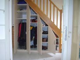 Placard Sous Escalier Avec Tablettes Les 25 Meilleures Idées De La Catégorie Sous Escalier Sur