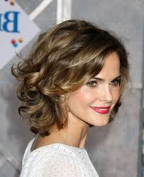 hair styles for 20 to 25 year olds 20 chic short medium hairstyles for women ideas of short medium