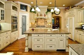 How To Antique Glaze Kitchen Cabinets Painted Glazed Kitchen Cabinets Pictures Antique White With Pewter
