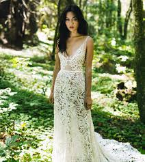wedding dresses traditional non traditional wedding dress shopping tips from loho s