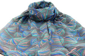 wholesale scarves fashionable scarves in various colours