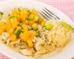 cuisiner dos de cabillaud poele recette de chaud froid de cabillaud poêlé à l avocat et à la mangue