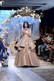 a fashion guide for every kind bride plbw 2017 day one