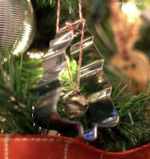 simple cookie cutter ornaments for a kitchen tree