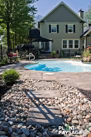 jardin paysager avec piscine les 20 meilleures idées de la catégorie piscine creusée sur