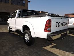 toyota hilux 2 7vvt i long wheel base single cab i u0026s motors