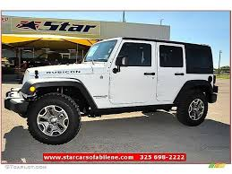 Car Picker White Jeep Wrangler
