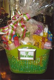 Halloween Baskets Gift Ideas Best 25 Chef Gift Basket Ideas On Pinterest Groomsmen Gift