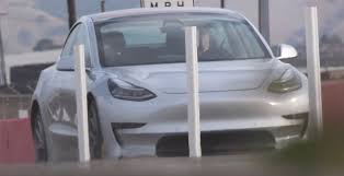 your tesla model 3 with autopilot 75 kwh battery and glass roof