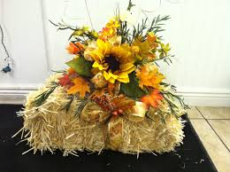 Outdoor Fall Decorations by Silk Flowers Nicely Arranged On A Small Hay Bale This Would Make