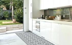 tapie de cuisine tapis de sol cuisine tapie de cuisine id e d co les tapis en vinyle