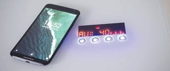 bureau connecté bureau connecté multimédia verre transparent et métal blanc