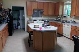 please recommend a granite counter top color laminate floor