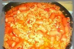 cuisiner des saucisses de strasbourg saucisse de strasbourg knacki recette saucisse de strasbourg