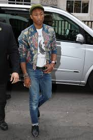 What To Wear With Light Jeans The Very Important Rules Of Wearing Distressed Jeans Photos Gq