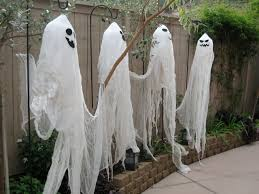 using fabric and paper make halloween garden decorations like