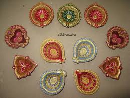 chitrasutra painting diyas for this diwali