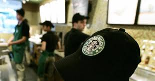 starbucks u0027 new worker dress code bans rings with stones ny daily