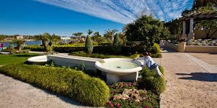 hollis garden visit central florida