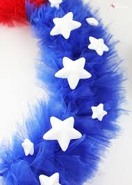 patriotic tulle wreath craft tutorial for july 4th and