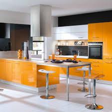 cuisine moderne jaune couleur cuisine moderne etroite jaune noir quelle pour une newsindo co