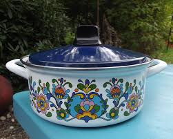 kitchen collectables vintage blue floral enamel cooking pot pan shabby chic retro