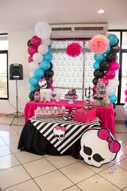 mesa principal monster high decoraciones divermundo pinterest