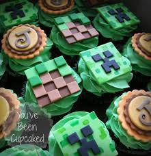 minecraft cupcakes minecraft cupcakes cake by you ve been cupcaked cakesdecor