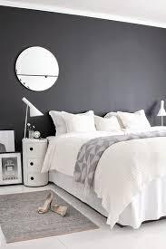 chambre grise et blanc chambre mur gris trendy best ideas about carrelage metro cuisines