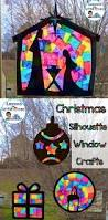 Window Decorations For Christmas by Best 25 Window Decorating Ideas On Pinterest Christmas Crafts