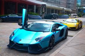 lamborghini limousine blue satin chrome blue lamborghini madwhips