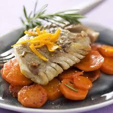 cuisiner lieu noir recette filet de lieu noir caramélisé à l orange et carottes