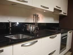 cuisine couleur ivoire cuisine ivoire et noir pas cher sur cuisine lareduc com