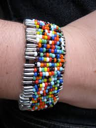 make friendship bracelet with beads images Safety pin bead bracelet activity jpg